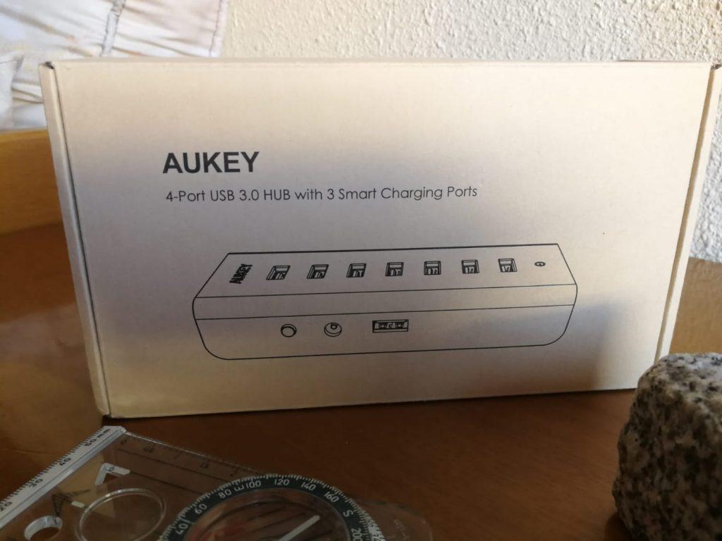 Envase donde en cuyo interior encontramos el HUB multipuerto USB