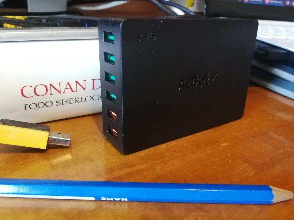 uno de los mejores cargadores multiple USB calidad precio